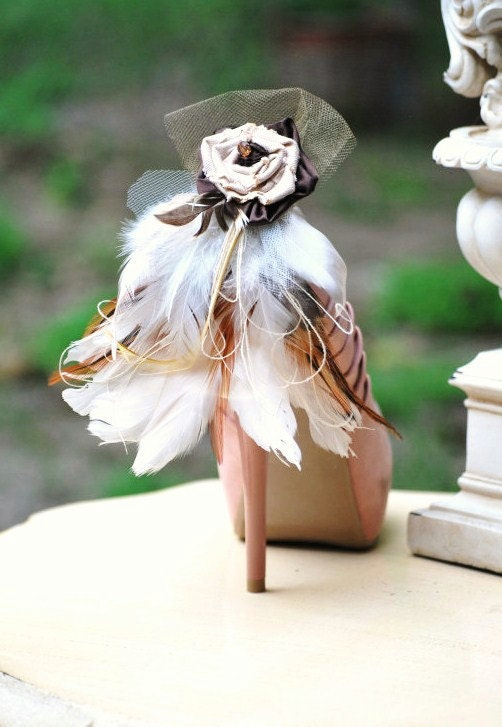 Shoe Clips Beige Tan Ivory Feathers. Night Party Sexy Sophisticated Elegant, Spring Trend, Statement Nonteamchallenge 78 by Sofisticata