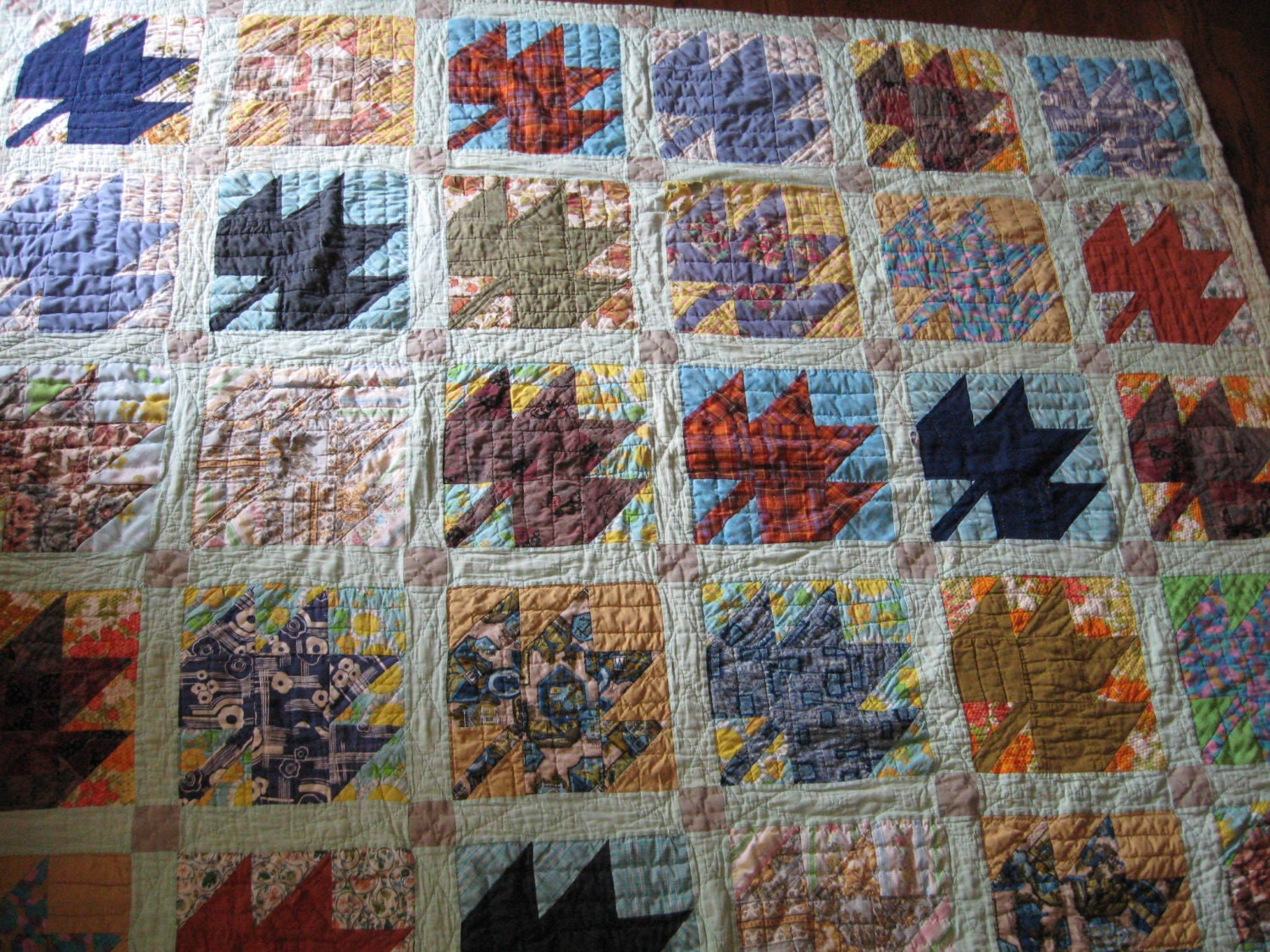 Vintage Colorful Maple Leaf Quilt, Hand Quilted - TarnishAndTatters