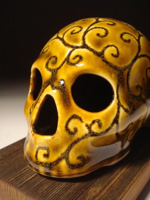 Amber Scroll Skull