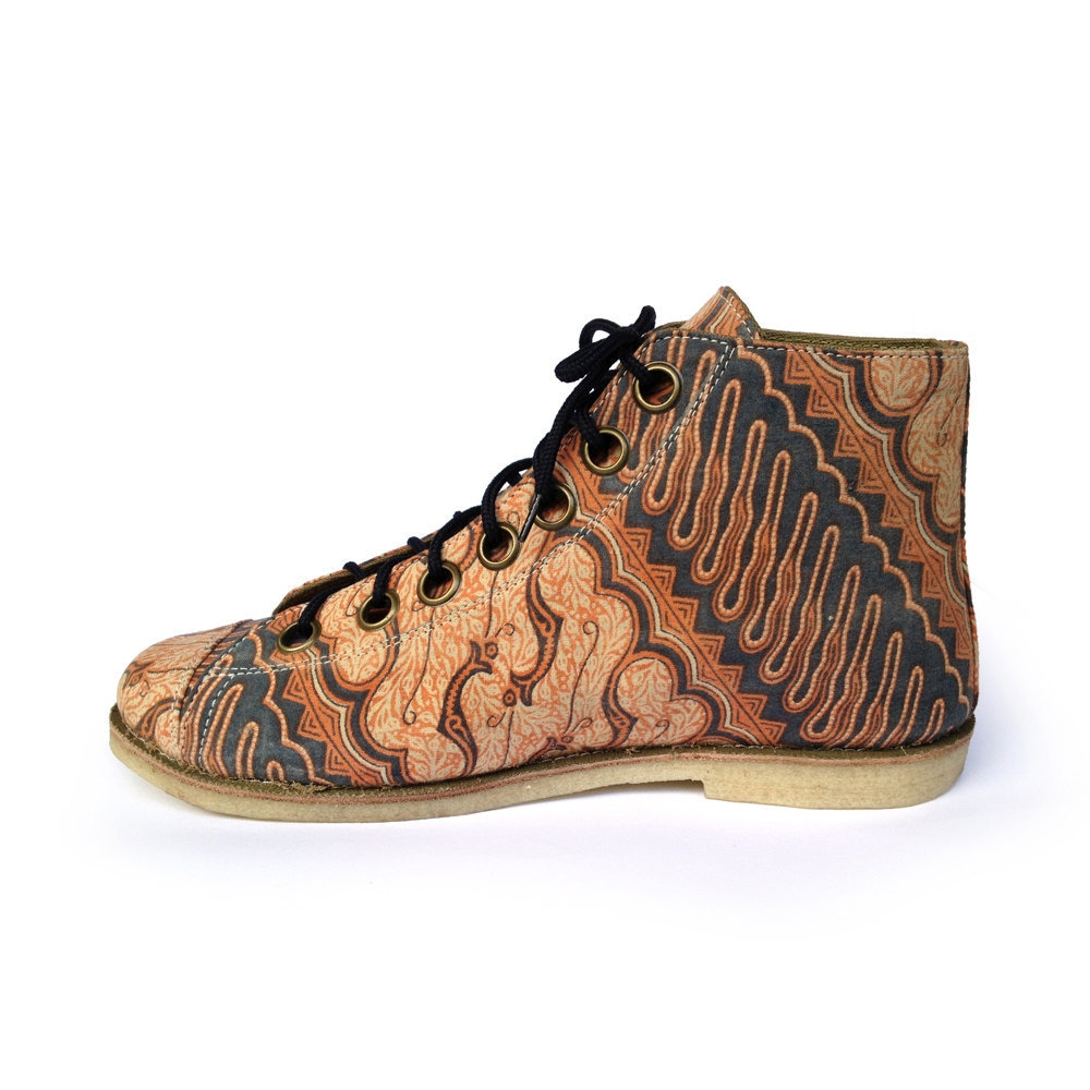 Ethnic batik art canvas shoe, wood carving pattern - iloveyourshoesbali