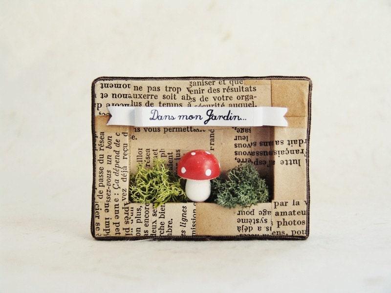 Handmade shadow box frame -Dans mon Jardin-