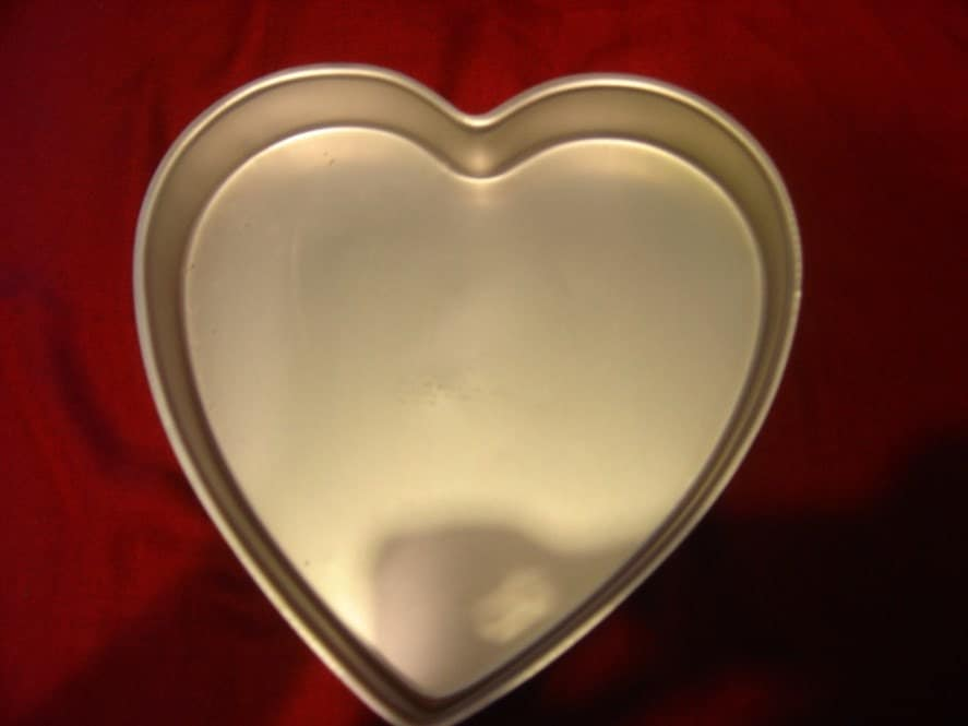 Wilton 13 x 2 Inch Heart Cake Pan  Wedding Valentines Day