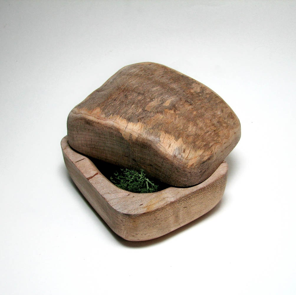 Kamichak - Stone or Rock shape Rustic Natural Wooden Ring Box with Norwegian Moss Insert by Tanja Sova - tanjasova