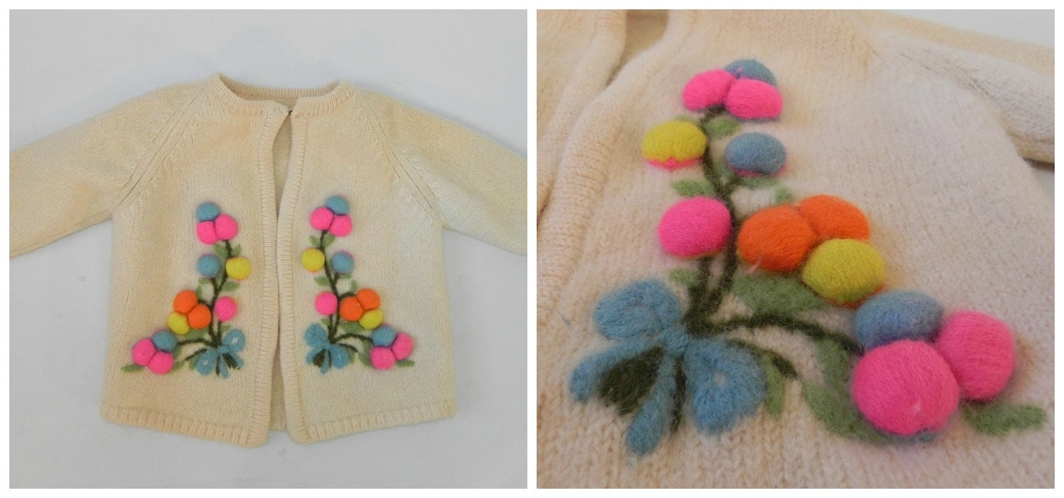 adorable vintage 50s girl's cardigan with bright colors // cream wool sweater // hand made - SansEpochVintage