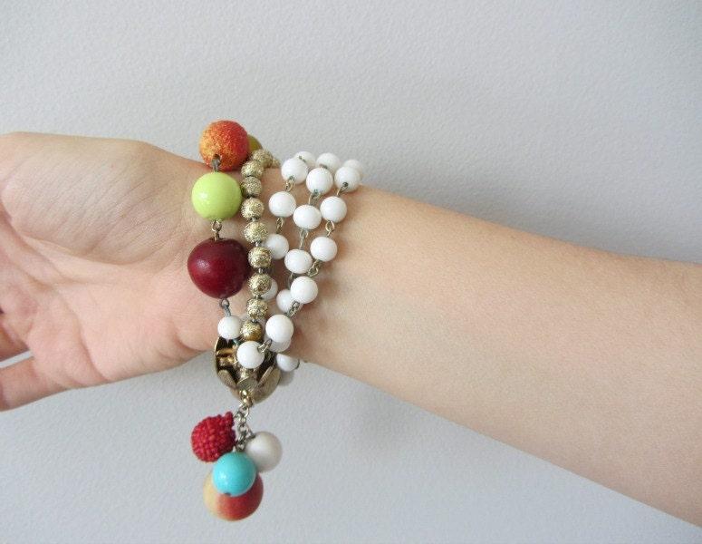 40s 50s fruit bracelet . charm bracelet . carmen miranda - BlueFennel