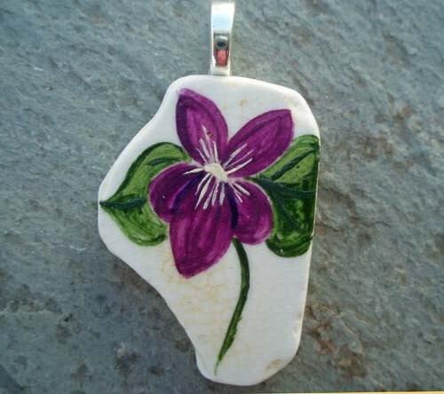 Spring Violet Pendant - geminiriverrocks