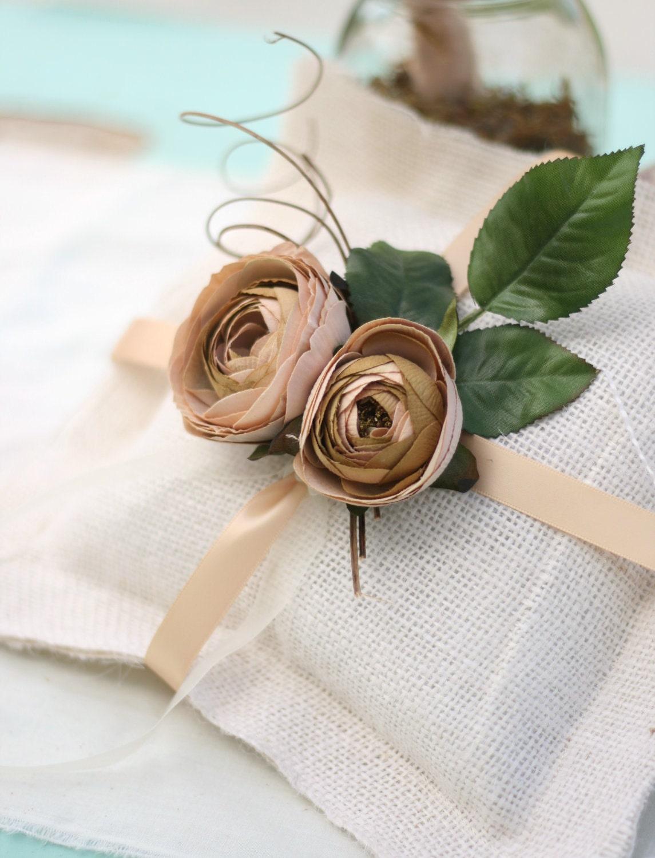 Подушка кольцо на предъявителя Индивидуальные с вашим выбором цвета ленты и цветы