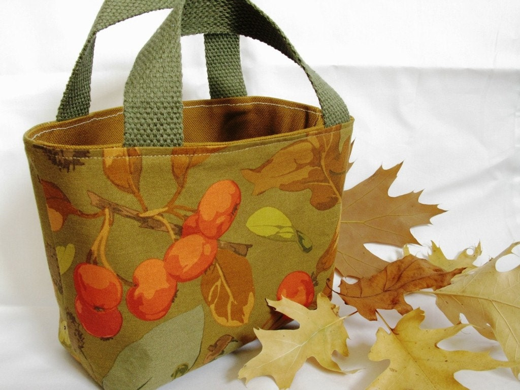 Small Tote, Autumn Leaves - stitchuation