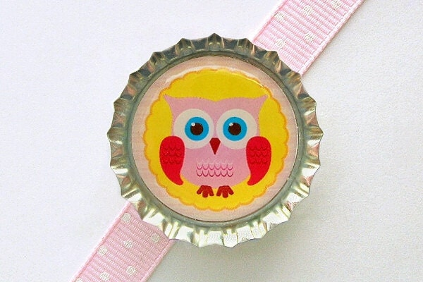 Sunny Yellow Owl Bottle Cap Magnet - fridge magnets, cute owl decoration, owl home decor, owl magnets, birthday, owl favors, owl party favor