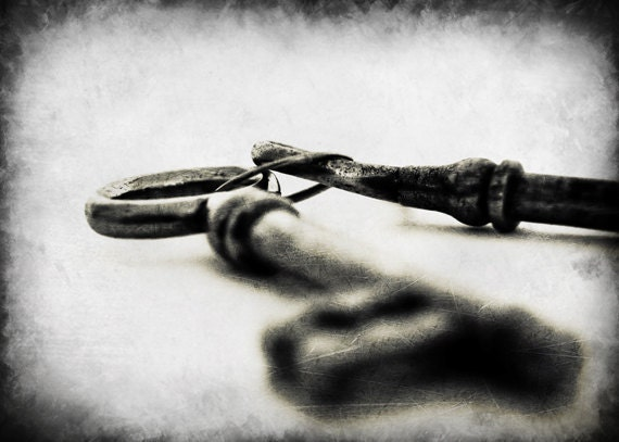 Skeleton key photography print, black and white, 5x7 inch - Trust is the Key - MyMonography