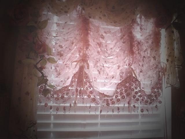 Victorian lace curtains in Curtains & Drapes - Compare Prices