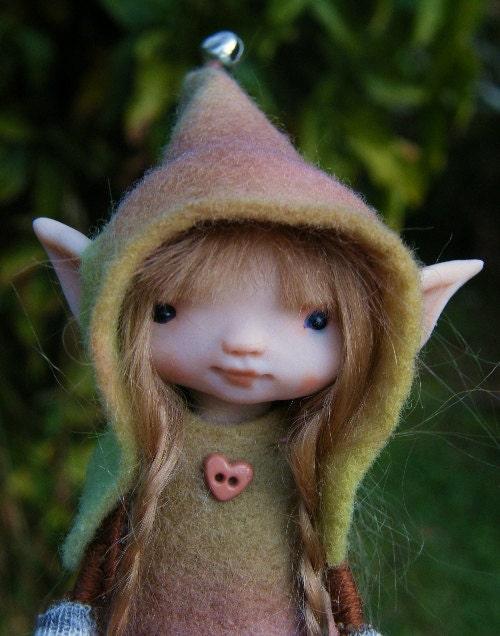 Sweet tiny ooak posable fairy fairie 4inch