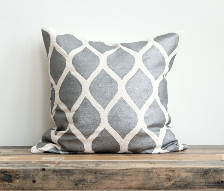 Aya metallic silver & off-white handprinted organic hemp pillow cover 20x20 - melongings