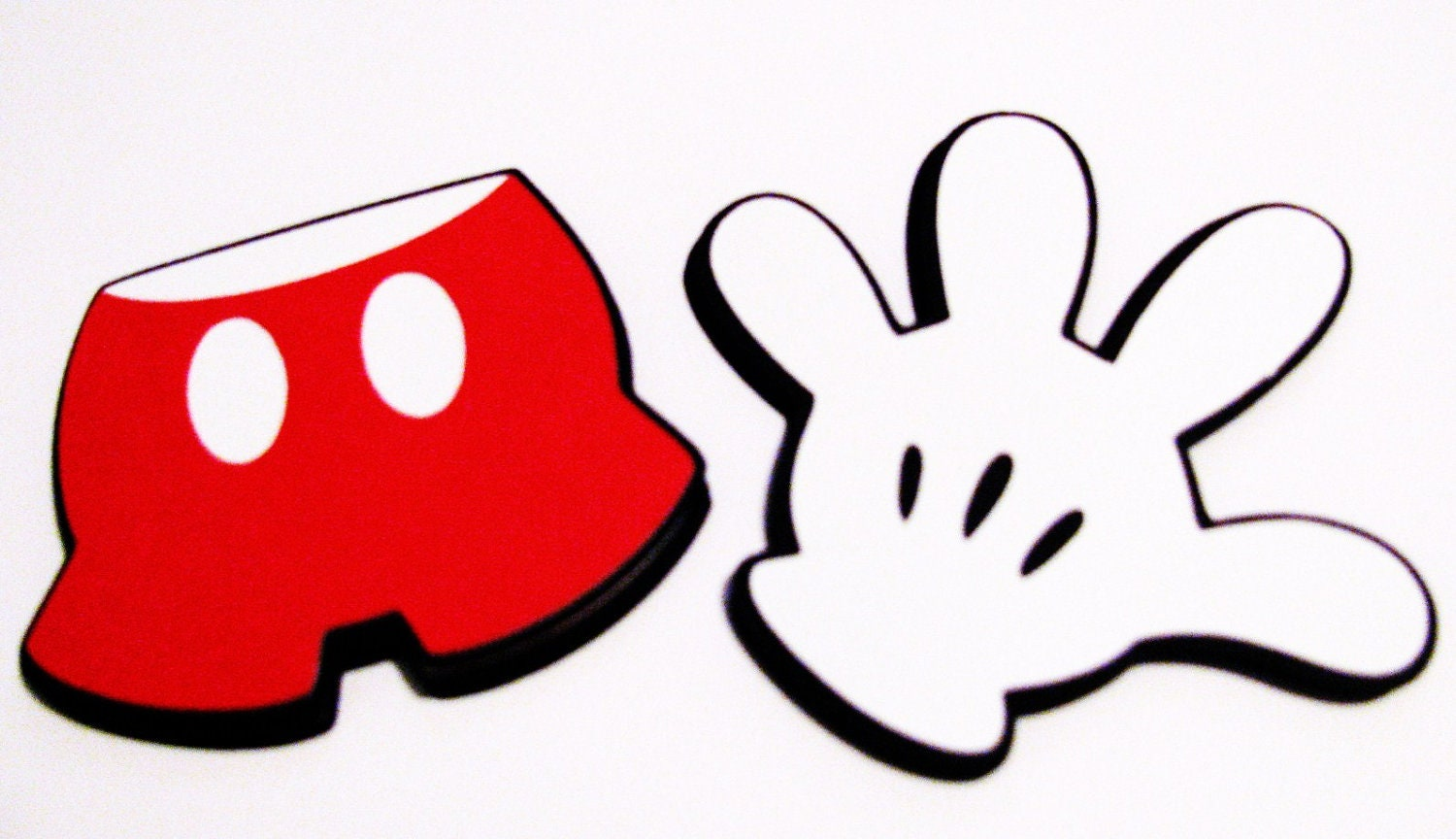 Mickey Mouse G   Mickey Mouse Glove Template Printable