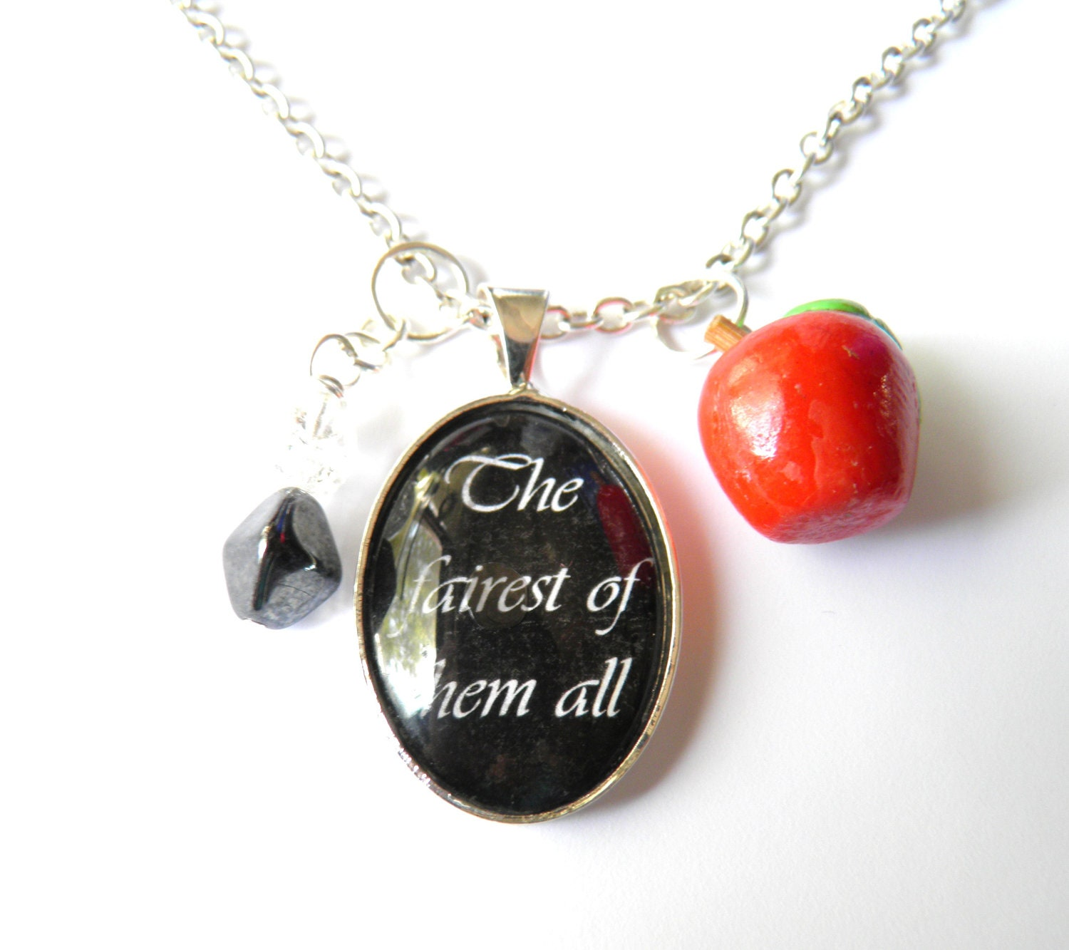 Snow White Necklace -The fairest of them all- - RobeeTwist