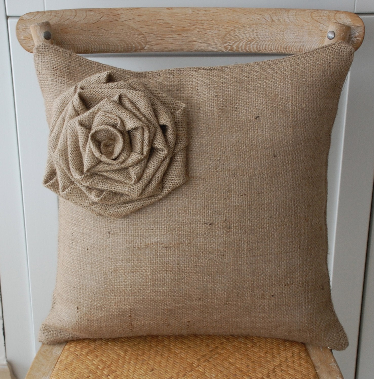 Çuval Kumaştan Yastıklar