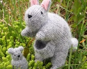 waldorf kangaroo mom and baby wool toy