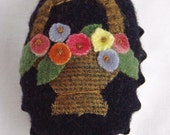 Wool Basket Pincushion or Pin Keep in Tartlet Pan with flowers and leaves spring bouquet
