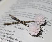 Chrysanthemum Cabochon Bobby Pin Set