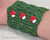 Mushroom Cuff - S/M adjustable - green cotton, red toadstool buttons
