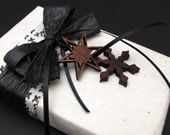 Black Ice . Black and White Damask . Gift Wrapping Credit with Black Walnut Snowflake Charms - Timber Green Woods . tagt team