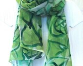 Hand Painted Silk Scarf Floral. Emerald Green Roses Silk Scarf. Silk Chiffon Scarf. 22x90 in. MADE TO ORDER.