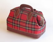 Vintage Red PlaidTote / Doctor Bag / Purse