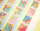 Lap Quilt Pastel Summer - TheQuiltingViolinist