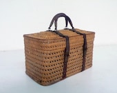 Antique art nouveau picnic basket - DACAIS