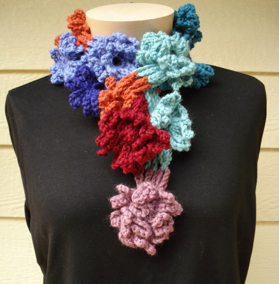 Daisy Chain Beanie - scrapbuster project (free crochet pattern)