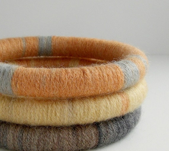 Set of 3 Wool Wrapped Stacking Bangles (1893-1555)   FREE SHIPPING
