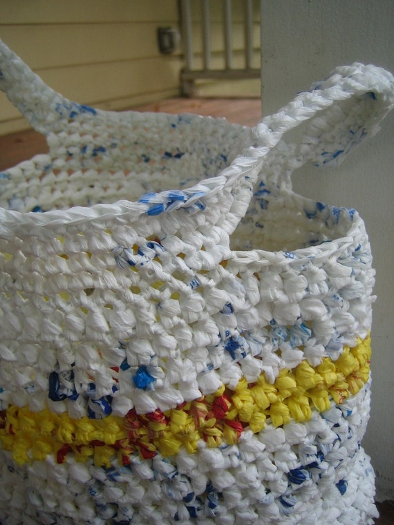 Crocheting Using Plastic Bags : PLASTIC CROCHET BAG Crochet For Beginners