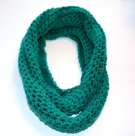 Crochet Circle Scarf in JADE