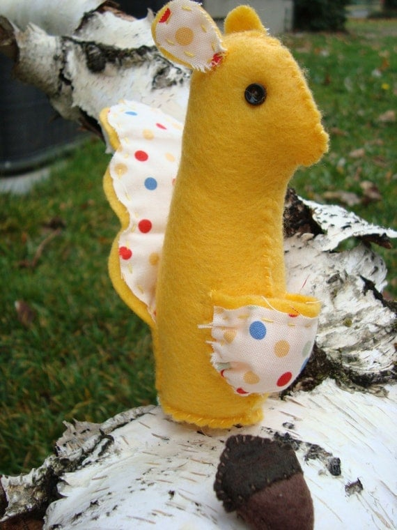 Snippety Squirrel Quick Stitch Pattern