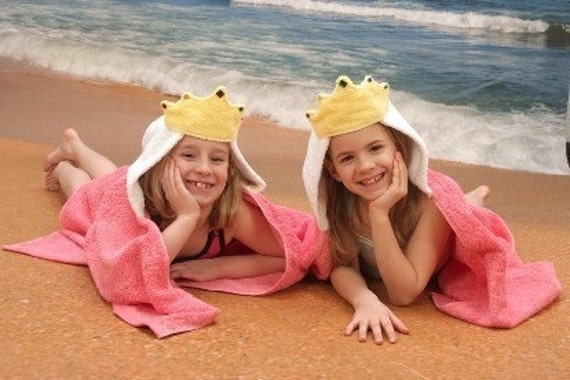 Princess children's hooded towel