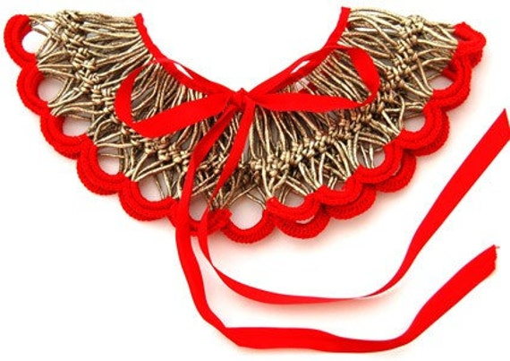 Gold lame crochet collar