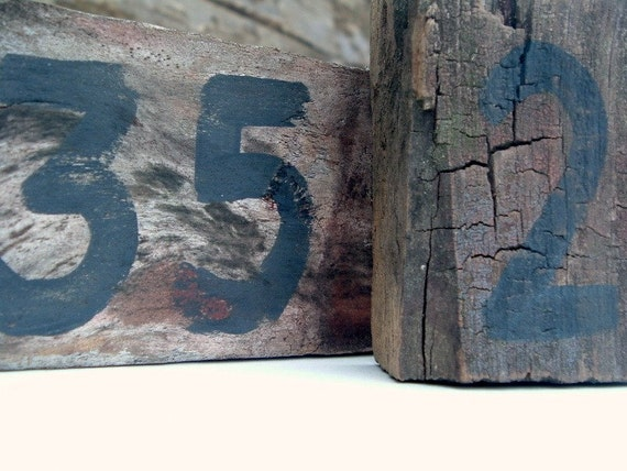 Barnwood Mini Number Signs Chippy, Shabby Paint set of 2