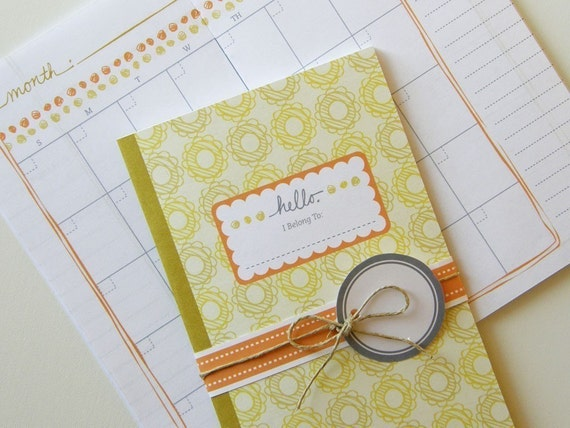 Printable Calendar and Matching Gift Tags ( PDF Blank Inside Booklet) - Flower