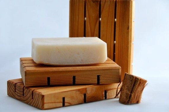 Wooden Soap Dish - Reclaimed Cedar