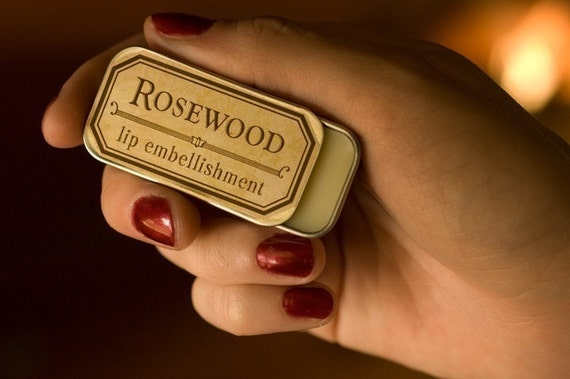 Rosewood - lip embellishment in tin