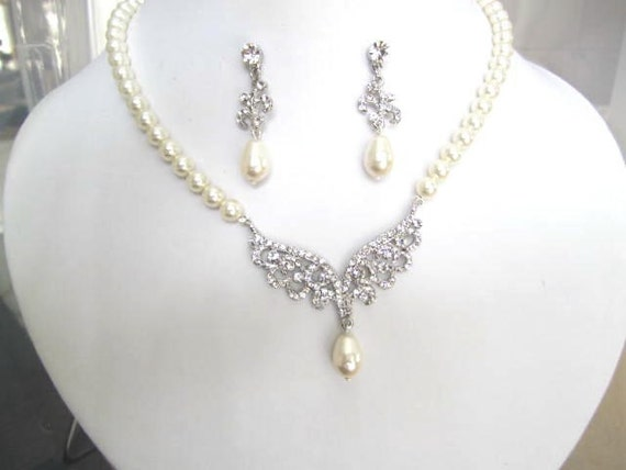 Bridal Collection Pearl and Rhinestone Necklace set Roman