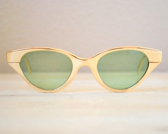 Fabulous Vintage Metallic Gold 1950s/1960s Cat-Eye Frames