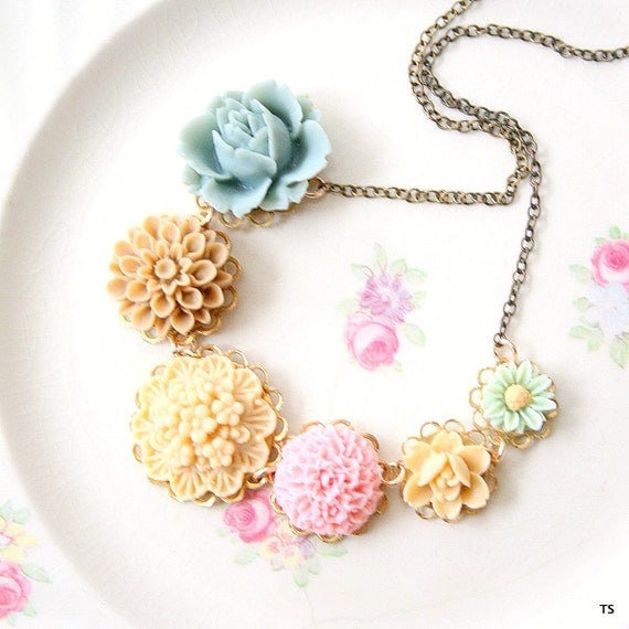Dusty Rose Floral Necklace