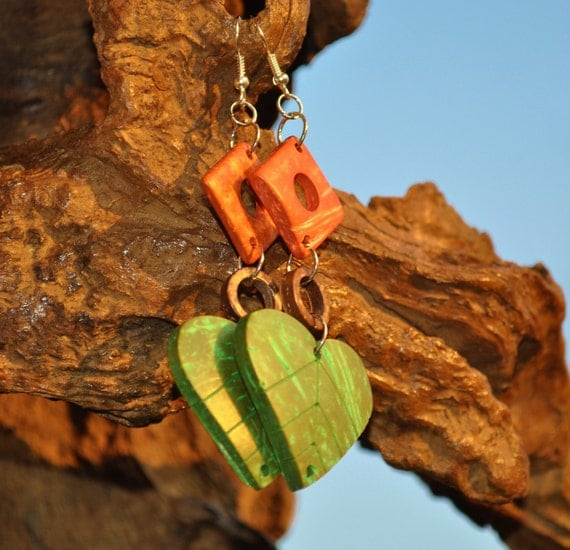 Wooden dangle earring in gorgeous greens and browns