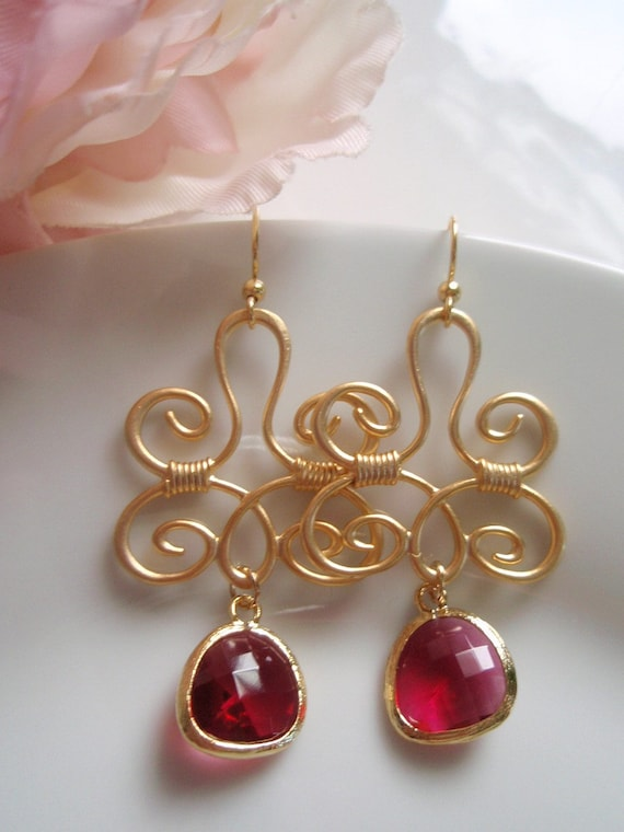 Gold Bohemian Swirl - Fuchsia Earrings