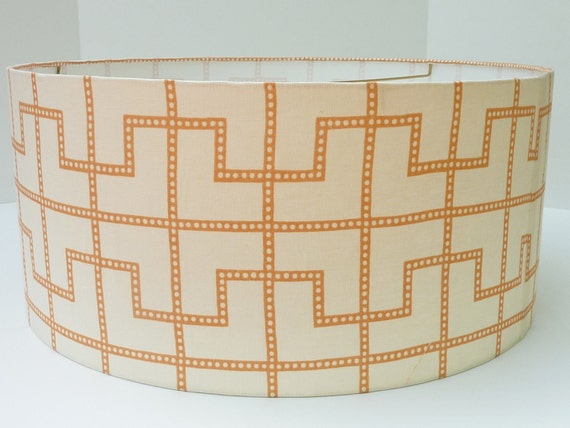 "22"" Drum Lampshade in Schumacher Bleecker in Spark"