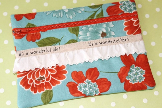 It's a Wonderful Life Zipper Make-up Bag