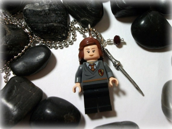 Hermione Granger (Harry Potter) Necklace with Wand Charm