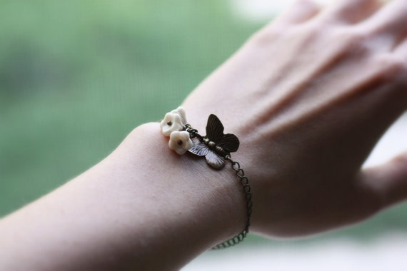 Butterfly Bracelet with Ivory Flowers. Petite Garden