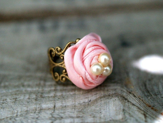 Pink Ribbon Nest Ring